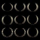 Διανυσματικά χρυσά στεφάνια βραβείων, δάφνη στο μαύρο υπόβαθρο ελεύθερη απεικόνιση δικαιώματος