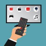 Διανυσματική έξυπνη έννοια TV - απεικόνιση στο επίπεδο ύφος με τα apps και το χέρι που κρατά τον τηλεχειρισμό στοκ εικόνες