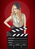 Διανυσματική απεικόνιση της αναδρομικής γυναίκας με clapper ταινιών Στοκ Εικόνες