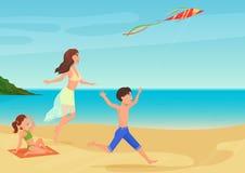 Διανυσματική απεικόνιση της μητέρας που έχει τη διασκέδαση με τα παιδιά στην παραλία και που παίζει με τον ικτίνο Στοκ Εικόνες