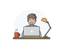 Διανυσματική απεικόνιση του ευτυχούς ατόμου που λειτουργεί στον υπολογιστή Στοκ Φωτογραφίες