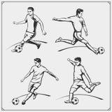 Διανυσματική απεικόνιση του ποδοσφαίρου και των ποδοσφαιριστών ελεύθερη απεικόνιση δικαιώματος