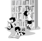 Διανυσματική απεικόνιση των ευτυχών παιδιών που διαβάζουν τα βιβλία στο βιβλιοπωλείο Ελεύθερη απεικόνιση δικαιώματος