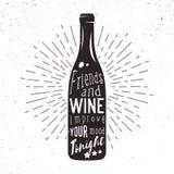 Διανυσματική σκιαγραφία του μπουκαλιού κρασιού με την ηλιοφάνεια και την εγγραφή Στοκ Εικόνες