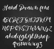 Διανυσματική συρμένη χέρι καλλιγραφική πηγή Χειροποίητο αλφάβητο δερματοστιξιών καλλιγραφίας Abc Αγγλική εγγραφή, πεζός, κεφαλαία Στοκ Εικόνες