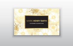 Διανυσματική χρυσή επαγγελματική κάρτα με τα λουλούδια Στοκ Εικόνες