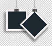 Διανυσματικοί δύο στερεωμένοι πλαίσιο σύνδεσμοι φωτογραφιών ψαλιδίζουν και ζυγίζουν σε ένα καλώδιο χάλυβα στο συνδετήρα σε ένα απ Στοκ Εικόνες