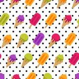 Διανυσματικό άνευ ραφής θερινό σχέδιο με το πολύχρωμο παγωτό Γλειφιτζούρι παγωτού και πάγου κώνων και υπόβαθρο σημείων Πόλκα Στοκ εικόνα με δικαίωμα ελεύθερης χρήσης