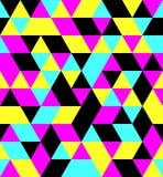 Διανυσματικό άνευ ραφής υπόβαθρο σχεδίων τριγώνων CMYK ίσο δευτερεύον Στοκ Φωτογραφίες