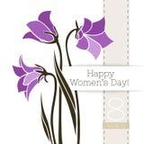 Διανυσματικό έμβλημα χαιρετισμού λουλουδιών με τα harebells και την κορδέλλα Διεθνής ημέρα γυναικών ` s Επίπεδο ύφος διανυσματική απεικόνιση