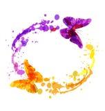 Διανυσματικό κυκλικό πλαίσιο watercolor με τις πεταλούδες Στοκ εικόνα με δικαίωμα ελεύθερης χρήσης