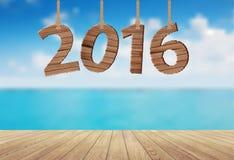 Διανυσματικό ξύλινο κρεμώντας σχοινί σημαδιών 2016 με την όμορφη άποψη θάλασσας ελεύθερη απεικόνιση δικαιώματος