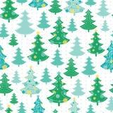 Διανυσματικό πράσινο, διακοσμημένο άνευ ραφής σχέδιο χειμερινών διακοπών χριστουγεννιάτικων δέντρων Μεγάλος για το ύφασμα, ταπετσ Στοκ εικόνες με δικαίωμα ελεύθερης χρήσης