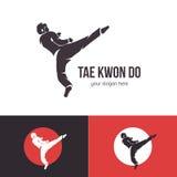 Διανυσματικό πρότυπο λογότυπων taekwondo Διακριτικό πολεμικών τεχνών Έμβλημα για τις αθλητικές εκδηλώσεις, ανταγωνισμοί, πρωταθλή στοκ εικόνες
