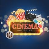 Διανυσματικό πρότυπο σχεδίου αφισών κινηματογράφων κινηματογράφων Popcorn, filmstrip, clapboard, εισιτήρια Λάμποντας σημάδι εμβλη Στοκ φωτογραφία με δικαίωμα ελεύθερης χρήσης