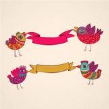 Διανυσματικό πρότυπο σχεδίου εμβλημάτων κορδελλών πουλιών διανυσματική απεικόνιση
