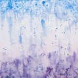 Διανυσματικό συρμένο χέρι ιώδης-μπλε υπόβαθρο Watercolor ελεύθερη απεικόνιση δικαιώματος