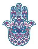 Διανυσματικό συρμένο χέρι σύμβολο hamsa με τις εθνικές floral διακοσμήσεις στα ρόδινα και μπλε χρώματα διανυσματική απεικόνιση