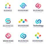 Διανυσματικό σχέδιο λογότυπων για την επιχείρηση Σημάδι επιστολών του S τεχνολογία Στοκ Φωτογραφία