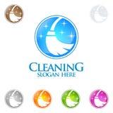 Διανυσματικό σχέδιο λογότυπων εγχώριων υπηρεσιών καθαρισμού, Eco φιλικό με τη λαμπρή σκούπα και την έννοια κύκλων διανυσματική απεικόνιση