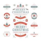 Διανυσματικό σχέδιο ετικετών και διακριτικών Χριστουγέννων ελεύθερη απεικόνιση δικαιώματος