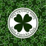 Διανυσματικό σχέδιο κάλυψης ευχετήριων καρτών ημέρας του ST Patricks στοκ εικόνες