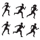Διανυσματικό σύνολο σκιαγραφίας των τρέχοντας ανδρών και των γυναικών στο άσπρο υπόβαθρο απεικόνιση αποθεμάτων