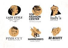 Διανυσματικό σύνολο σχεδίου λογότυπων σαλονιών κέντρων & κομμωτών ομορφιάς με συρμένες τις χέρι όμορφες κυρίες pixie που απομονών ελεύθερη απεικόνιση δικαιώματος