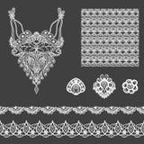Διανυσματικό σύνολο διακοσμητικών στοιχείων δαντελλών για το σχέδιο και τη μόδα στο εθνικό ινδικό ύφος Neckline, άνευ ραφής, σύνο απεικόνιση αποθεμάτων