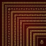 Διανυσματικό σύνολο διακοσμητικών συνόρων και πλαισίων γωνιών στο χρυσό Στοκ Φωτογραφία