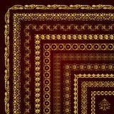 Διανυσματικό σύνολο διακοσμητικών συνόρων και πλαισίων γωνιών στο χρυσό Στοκ Εικόνα