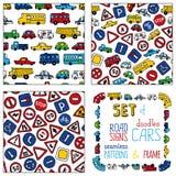 Διανυσματικό σύνολο οδικών σημαδιών doodles και αυτοκινήτων Στοκ Εικόνα