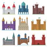 Διανυσματικό σύνολο παλαιών επίπεδων μεσαιωνικών κάστρων Στοκ εικόνες με δικαίωμα ελεύθερης χρήσης