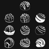 Διανυσματικό σύνολο σοκολατών Συλλογή των τυποποιημένων γλυκών Γραπτή απεικόνιση των επιδορπίων Στοκ Εικόνες