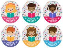 Διανυσματικό τρομερό γραφικό σύνολο παιδιών ανάγνωσης ελεύθερη απεικόνιση δικαιώματος