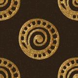 Διανυσματικό χρυσό συρμένο χέρι εθνικό φυλετικό υπόβαθρο Άνευ ραφής απομονωμένα στοιχεία χρυσό πρότυπο άνευ ραφής Στοκ φωτογραφίες με δικαίωμα ελεύθερης χρήσης