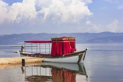 Διαπερνώντας αρχαίες βάρκες Στοκ Φωτογραφία