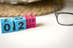 Διαρκές ημερολόγιο που τίθεται στην ημερομηνία της 2ας Φεβρουαρίου Στοκ φωτογραφία με δικαίωμα ελεύθερης χρήσης