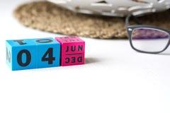 Διαρκές ημερολόγιο που τίθεται στην ημερομηνία της 4ης Ιουνίου Στοκ Εικόνες
