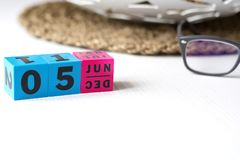 Διαρκές ημερολόγιο που τίθεται στην ημερομηνία της 5ης Ιουνίου Στοκ εικόνα με δικαίωμα ελεύθερης χρήσης