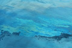 Διαρροή πετρελαίου στο νερό Στοκ Φωτογραφία