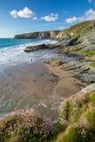 Διασκέδαση στην παραλία, σκέλος Trebarwith, βόρεια Κορνουάλλη, UK στοκ εικόνες