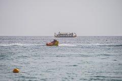Διασκέδαση στον κόλπο Naama στοκ φωτογραφία με δικαίωμα ελεύθερης χρήσης