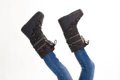 Διασκεδάζοντας μαύρες μπότες χειμερινών φεγγαριών Στοκ φωτογραφία με δικαίωμα ελεύθερης χρήσης