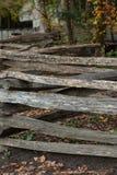 Διασπασμένο τρέκλισμα ραγών Στοκ φωτογραφία με δικαίωμα ελεύθερης χρήσης