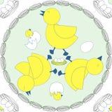 Διασταύρωση κυκλικής κυκλοφορίας 3 κίτρινα πουλιά με τα αυγά και νεογνά στο μπλε κρητιδογραφιών Στοκ Εικόνες