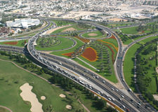 Διασταύρωση κυκλικής κυκλοφορίας του Ντουμπάι στοκ φωτογραφίες με δικαίωμα ελεύθερης χρήσης