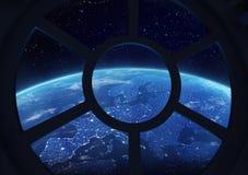Διαστημική σκηνή σταθμών Porthole Στοκ εικόνα με δικαίωμα ελεύθερης χρήσης