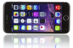Διαστημικό γκρίζο iPhone 6 της Apple Στοκ Φωτογραφίες