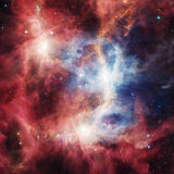 Διαστημικό νεφέλωμα με τα φωτεινά αστέρια και τα σύννεφα στοκ φωτογραφία